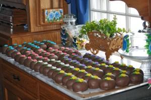 "Homemade Chocolate Crunch Easter ""Eggs"""