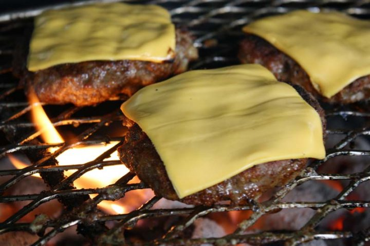 Grilled Amish Burgers