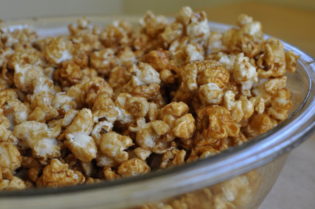 Amish Caramel Popcorn