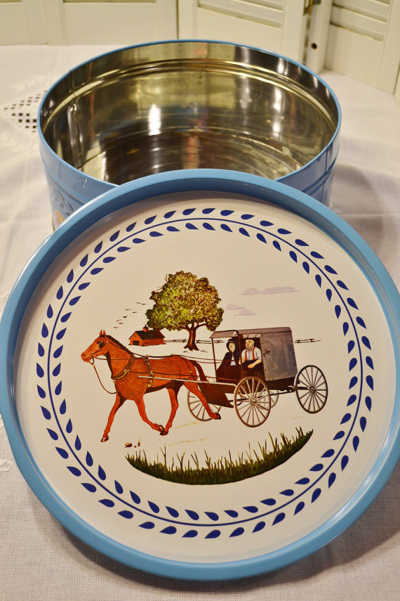 A beautiful Amish-design cookie or candy tin