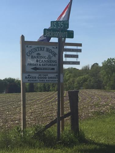 Have any of our readers been to this new Amish business off US 35 in Wayne County, Indiana?   Stay tuned I'll check it out sometime soon!