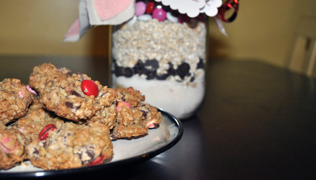 Cookie mix in a jar, a great gift idea for the crafty....