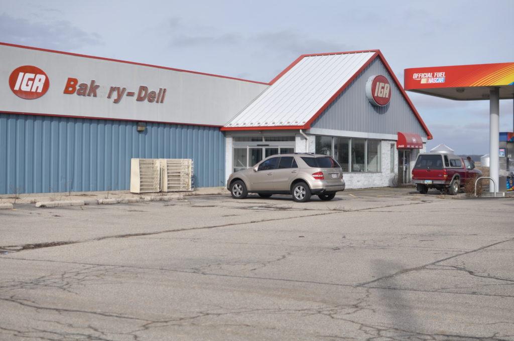 Frankfort, Ohio: Dead IGA