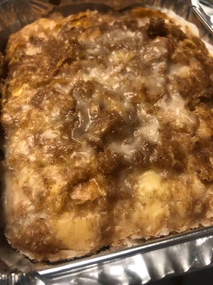 Amish Honey Bun Cake