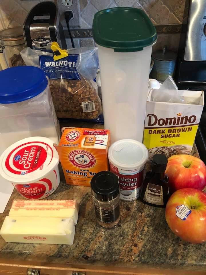 Lizzy Miller's Amish Apple Coffeecake